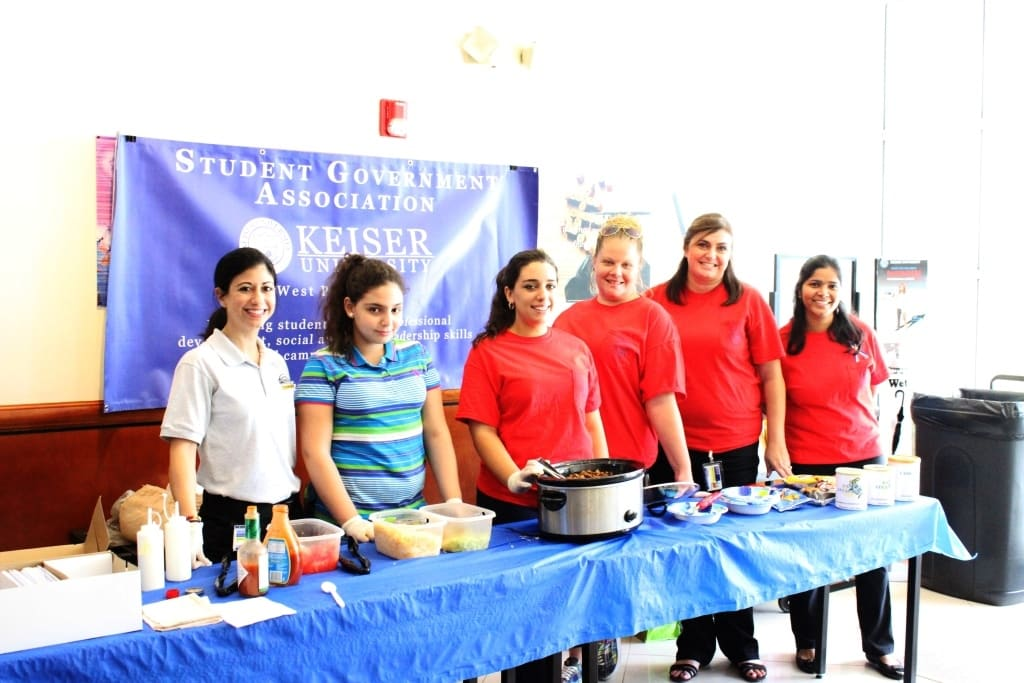 "West Palm Beach SGA ""Tacos in a Bag"" for Veterans"