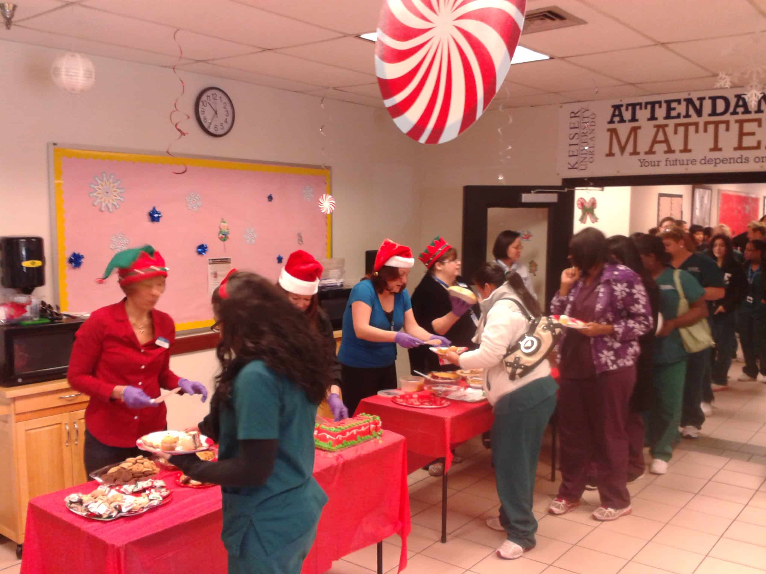Orlando Hosts a Holiday Dessert Potluck