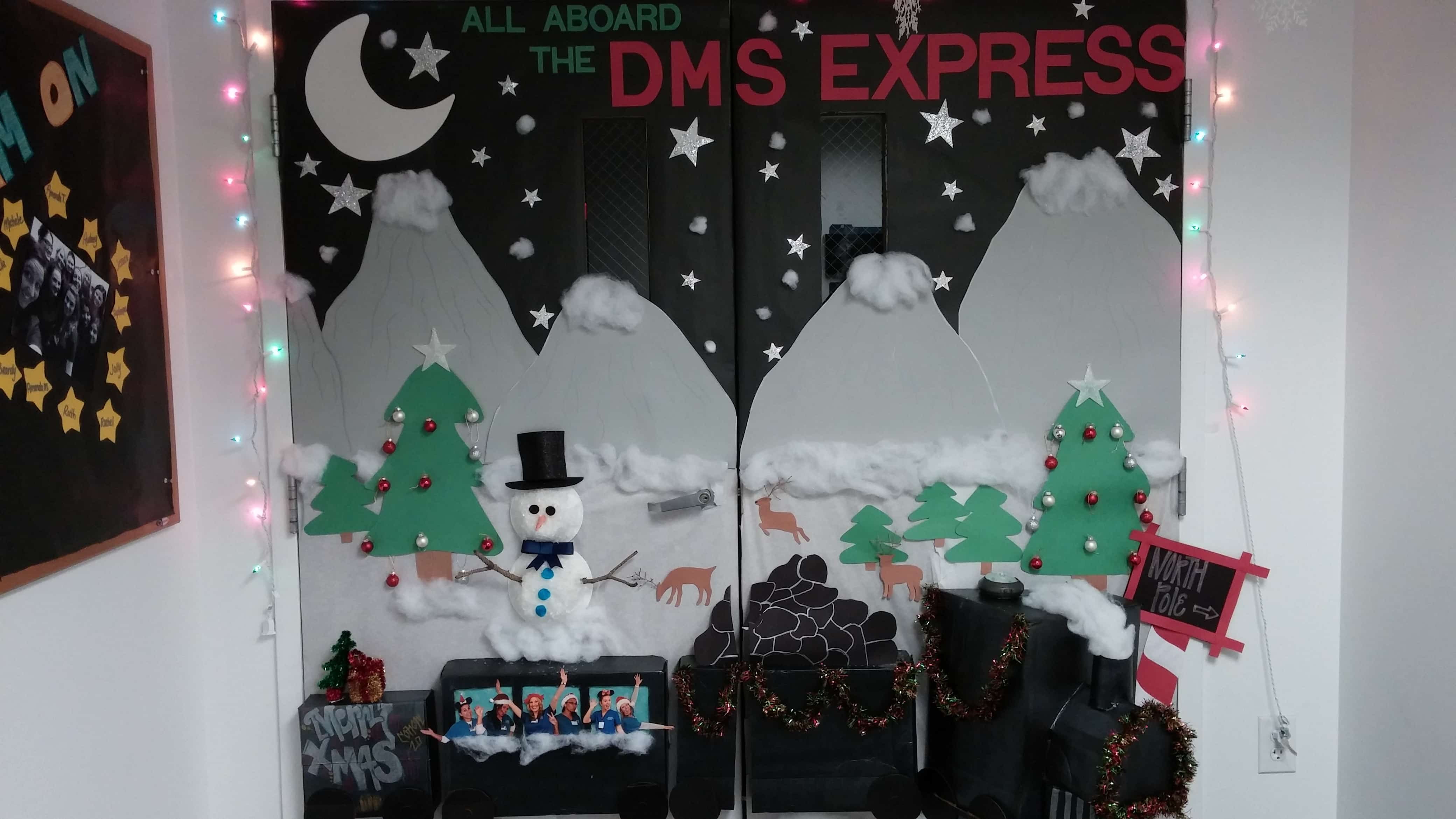 Holiday Door Decorating Contest In Melbourne Keiser University