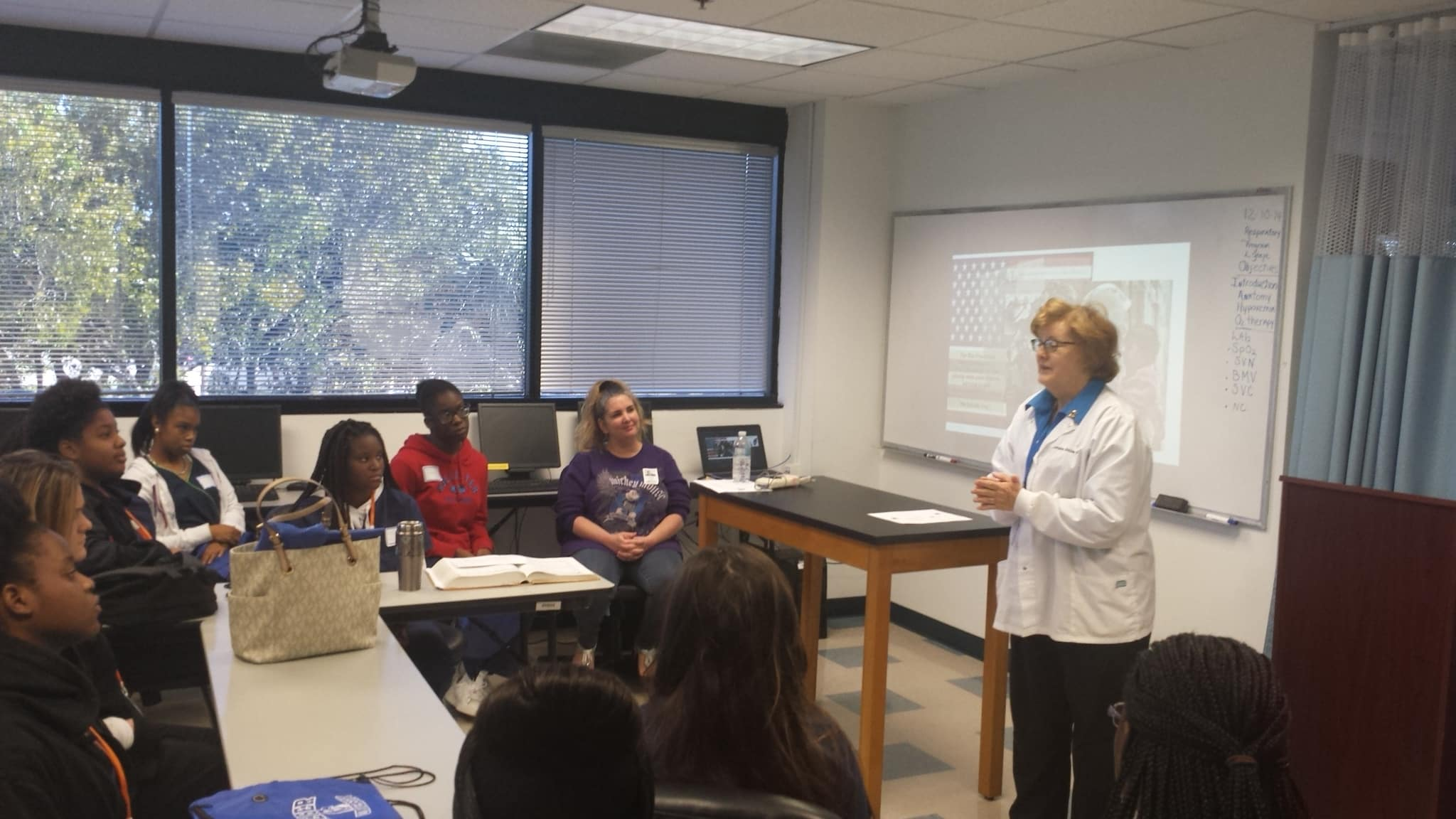 Local High Schools Visit the Ft. Lauderdale Campus
