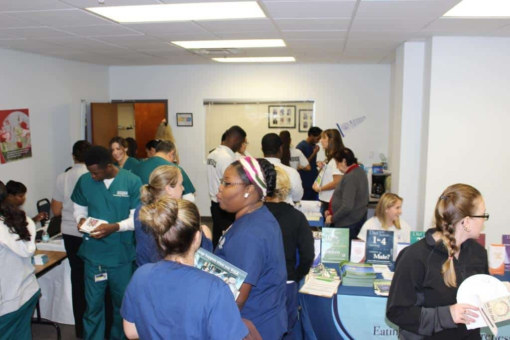 West Palm Beach Students and Graduates Participate in a Community Service Fair