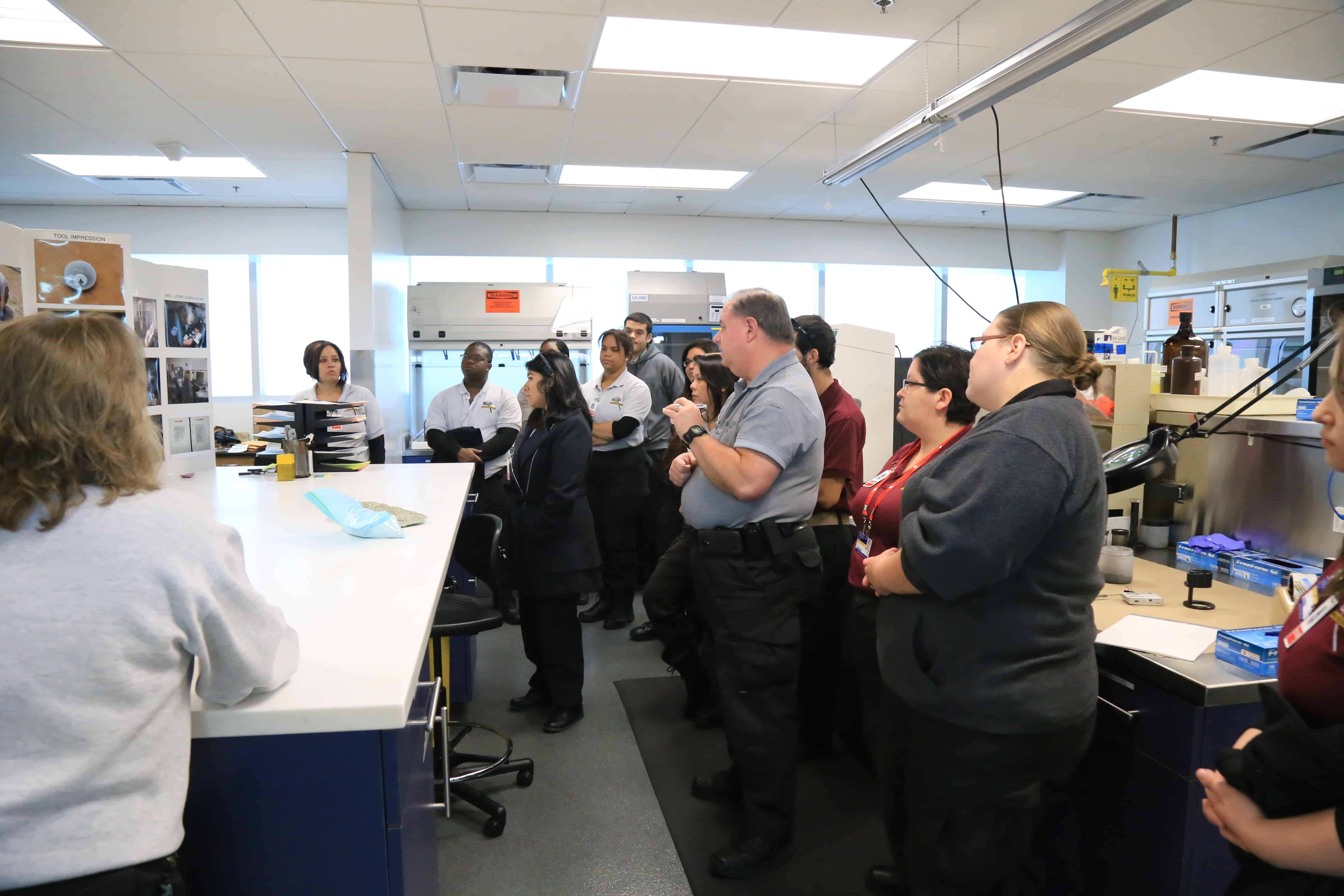 Sarasota Students Visit the Sarasota Police Department's Crime Lab
