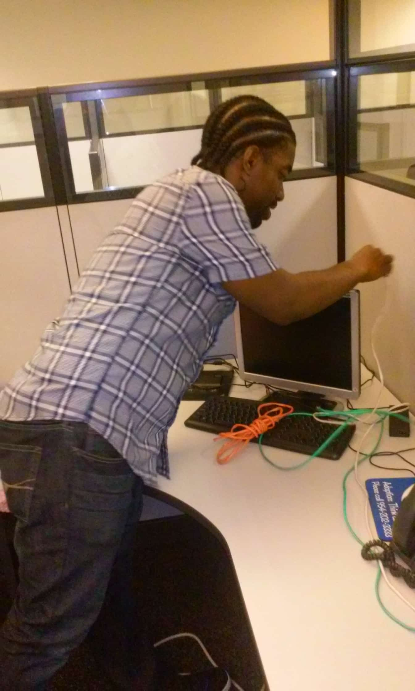 Information Technology Students from Ft. Lauderdale Volunteer Time with ChildNet