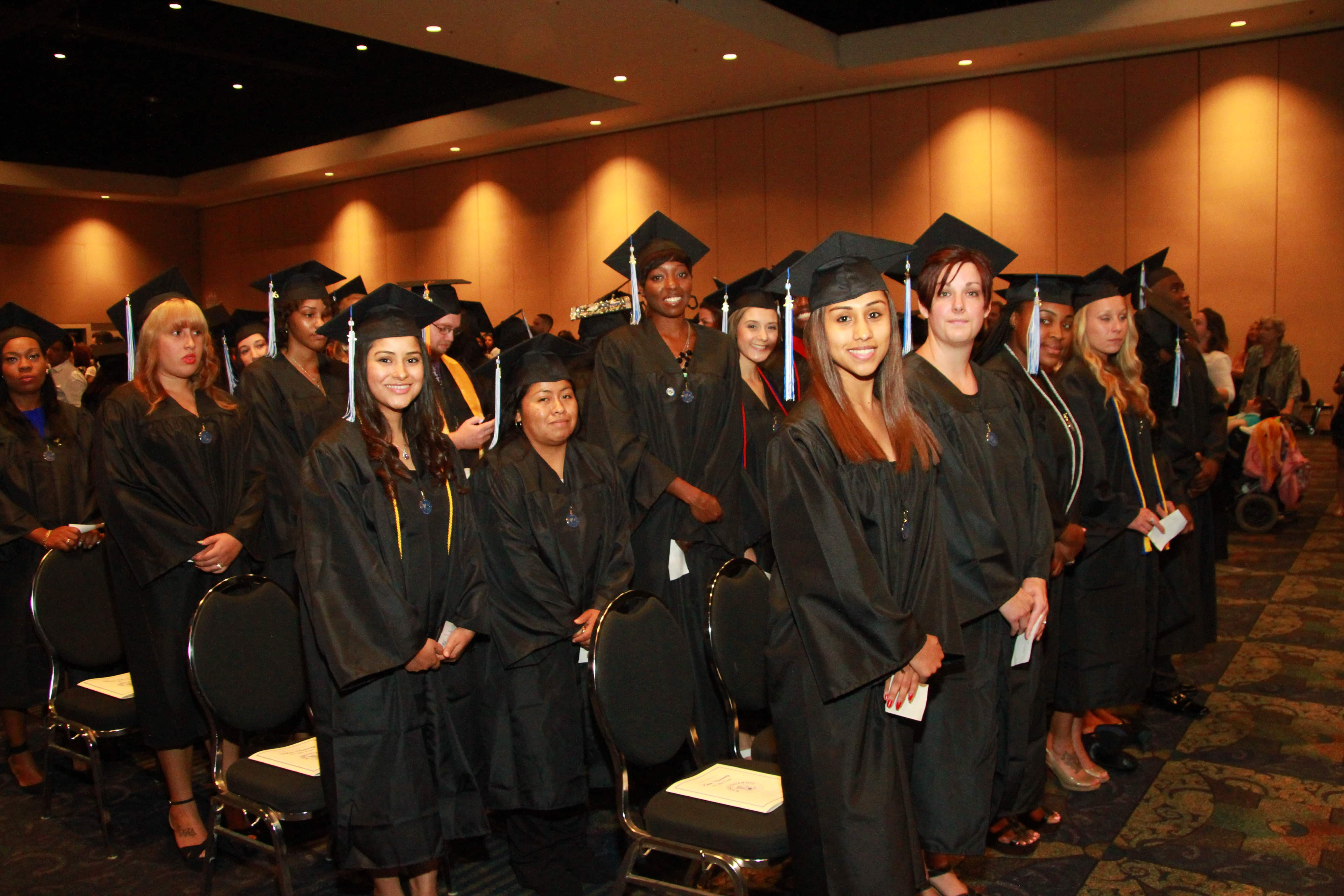 Fort Myers Campus Holds Graduation Ceremony