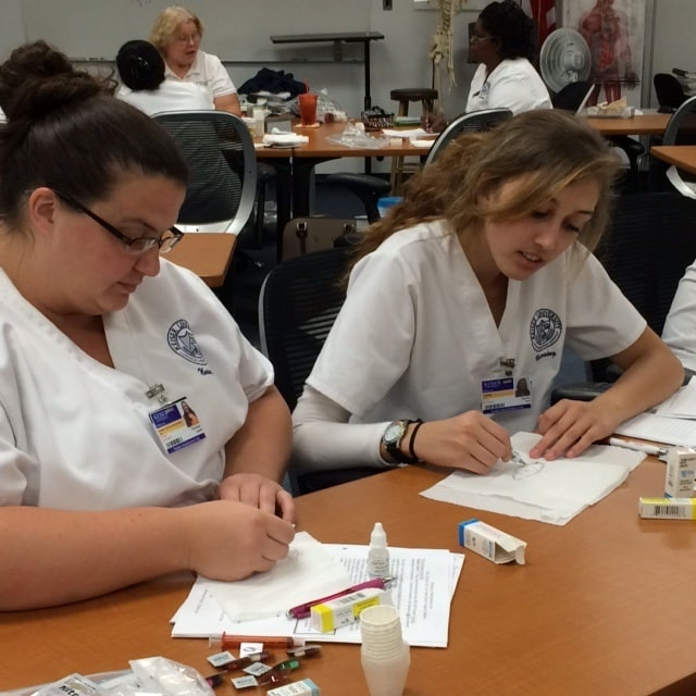 Melbourne Nursing Students Practice Skills in the Medication Lab