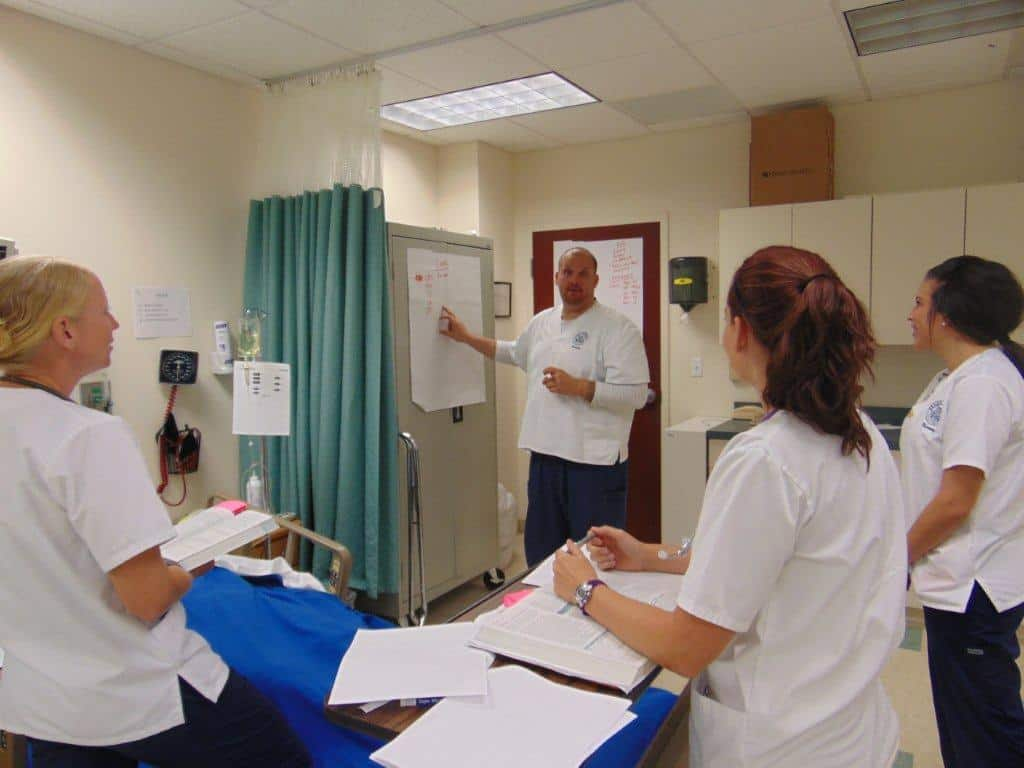 Sarasota Nursing Students Develop Scenarios of a Pregnancy