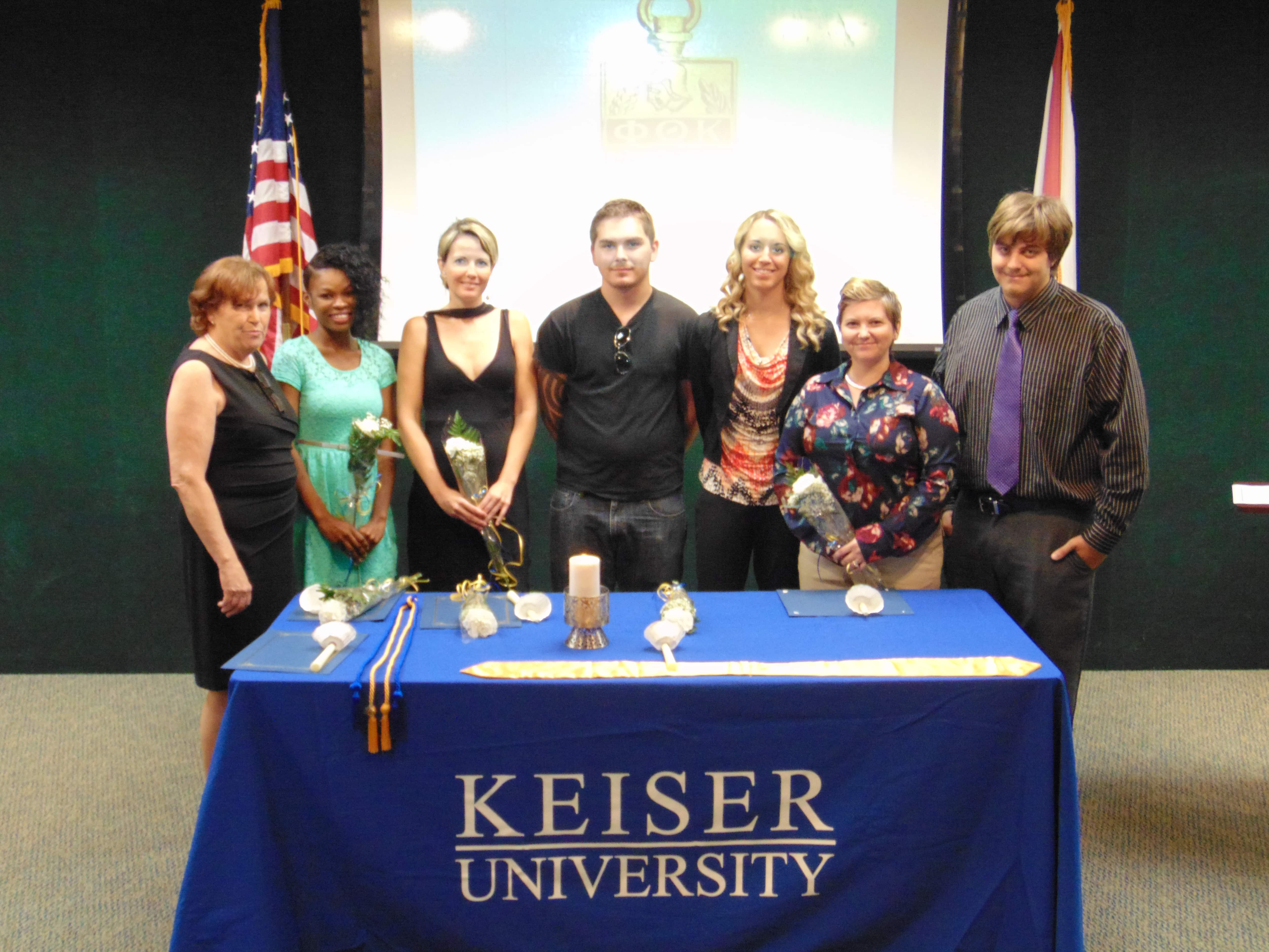 Sarasota Inducts New Members into Phi Theta Kappa Honor Society