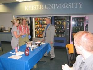 Student appreciation ice cream Aug. 2015 (3)