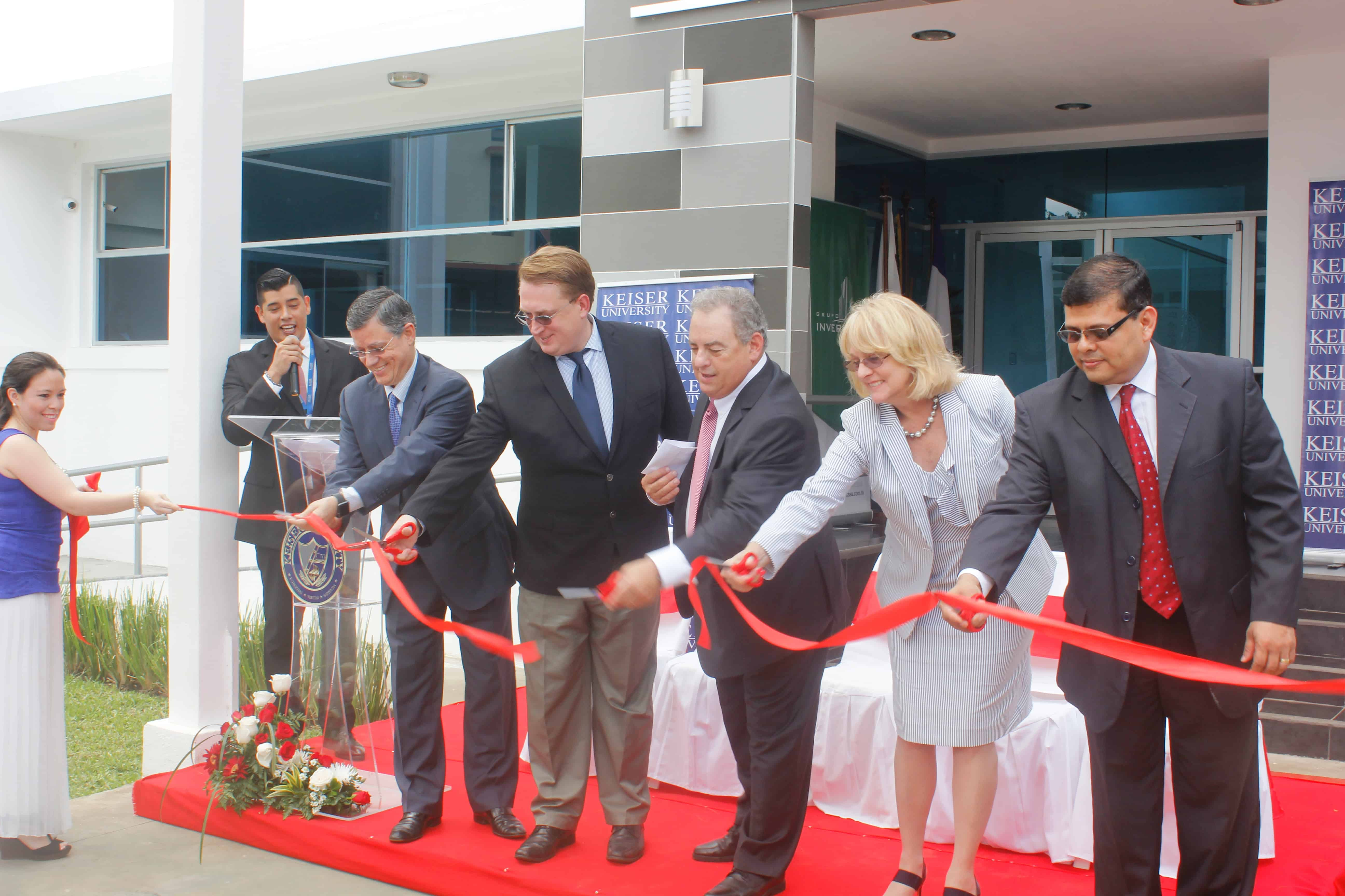 The Latin American Campus Held a Ribbon Cutting for the New Language Institute