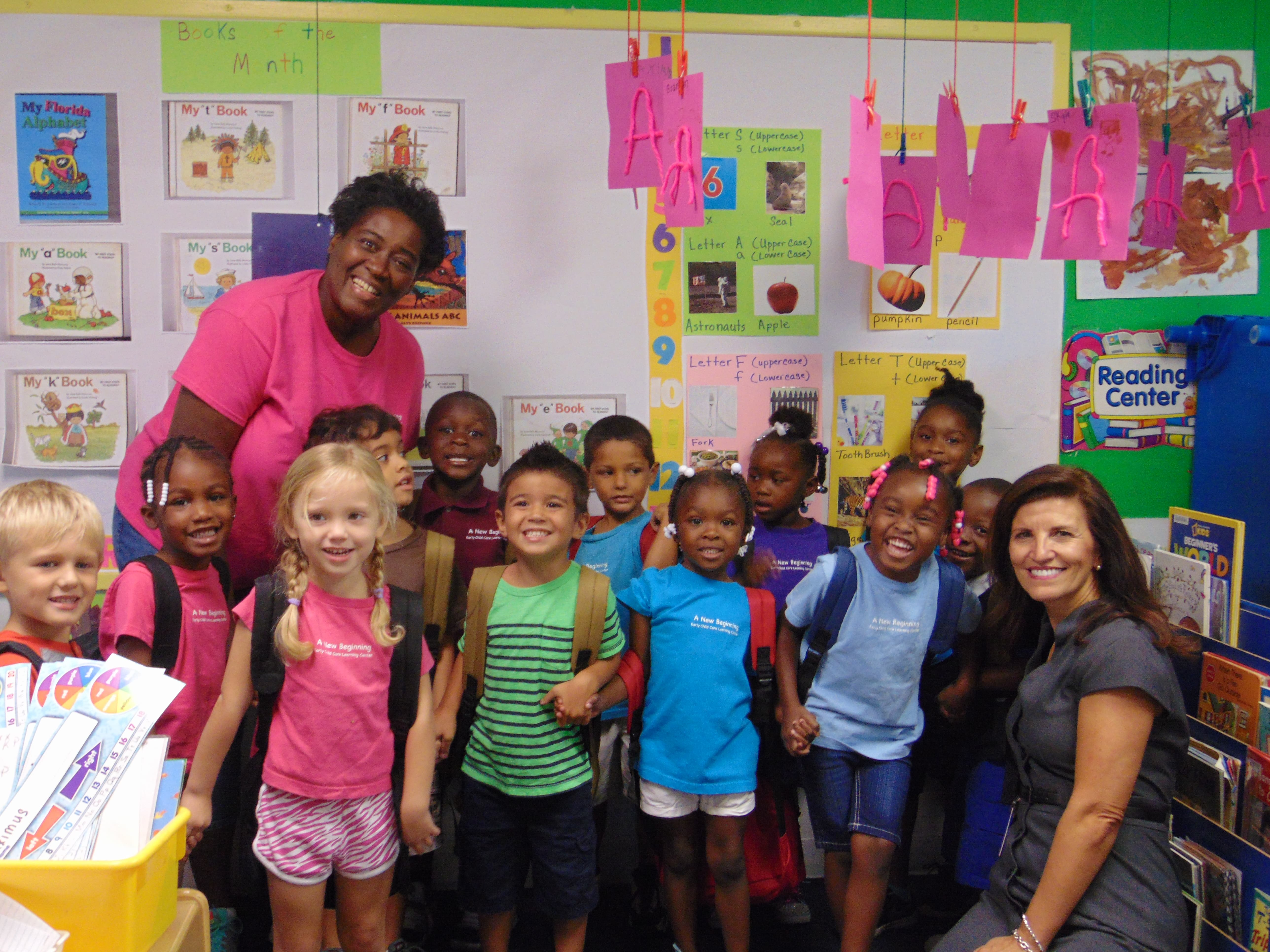 Sarasota Donates Back to School Items to Early Learning Coalition