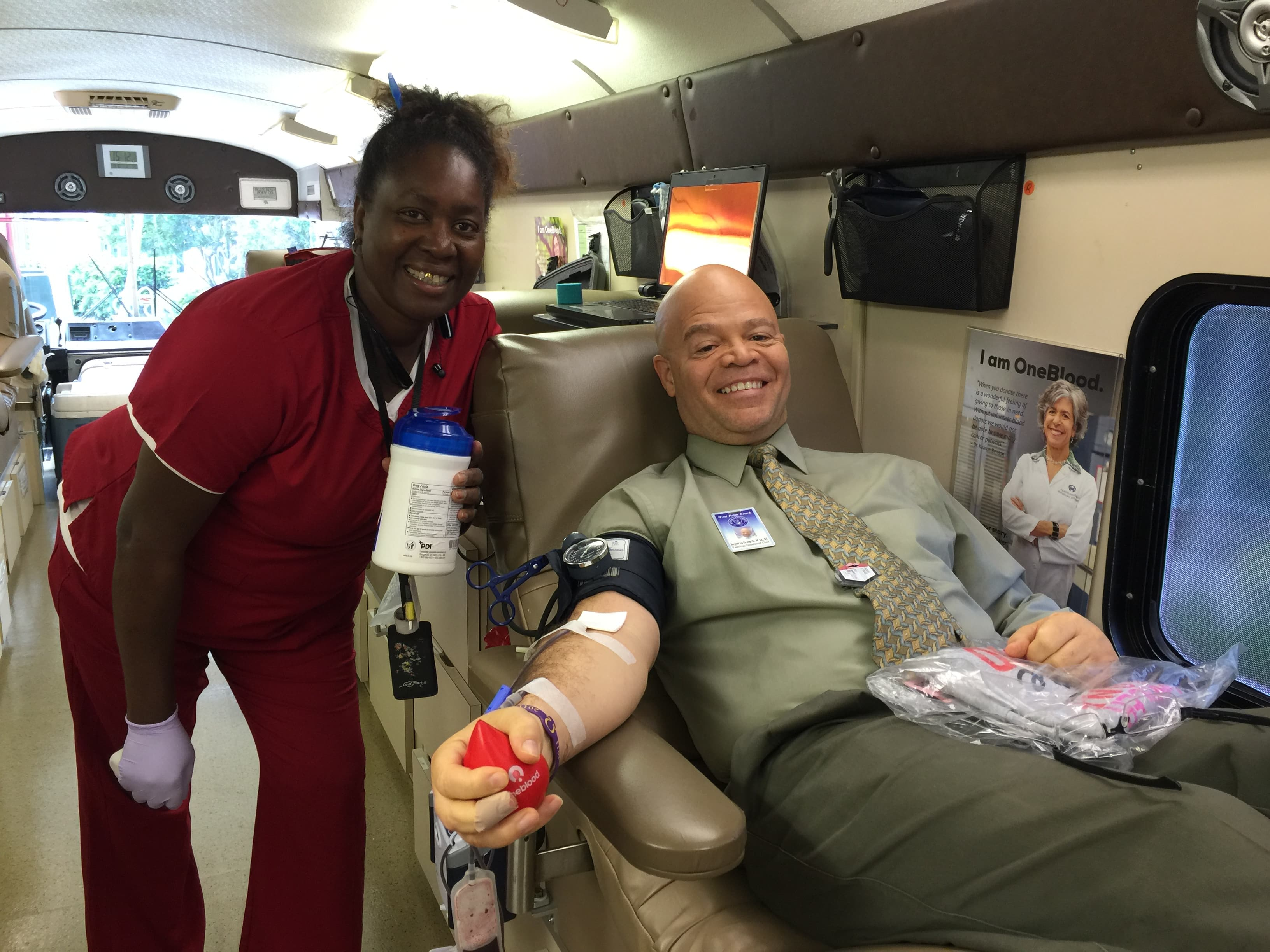 West Palm Beach Gives Blood