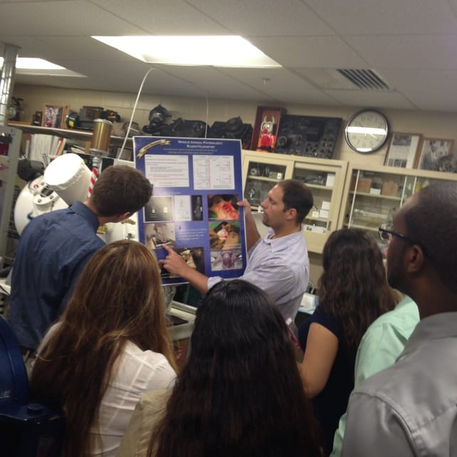 Tampa Biomedical Sciences and Biotechnology Students Learn About Careers in Biomed and Biotech