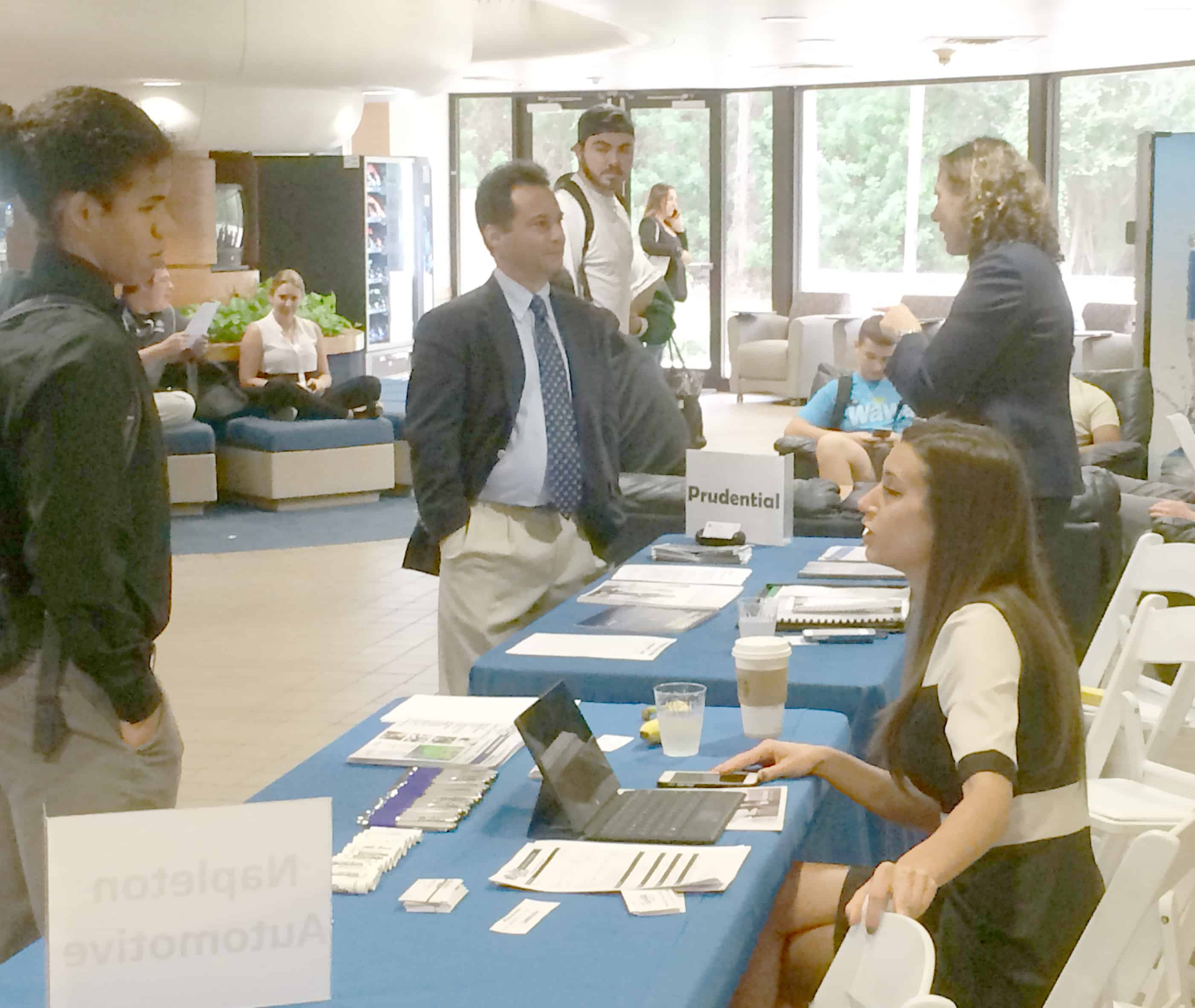 Students at the Flagship Campus Research Employment Opportunities, Network at Career Fair