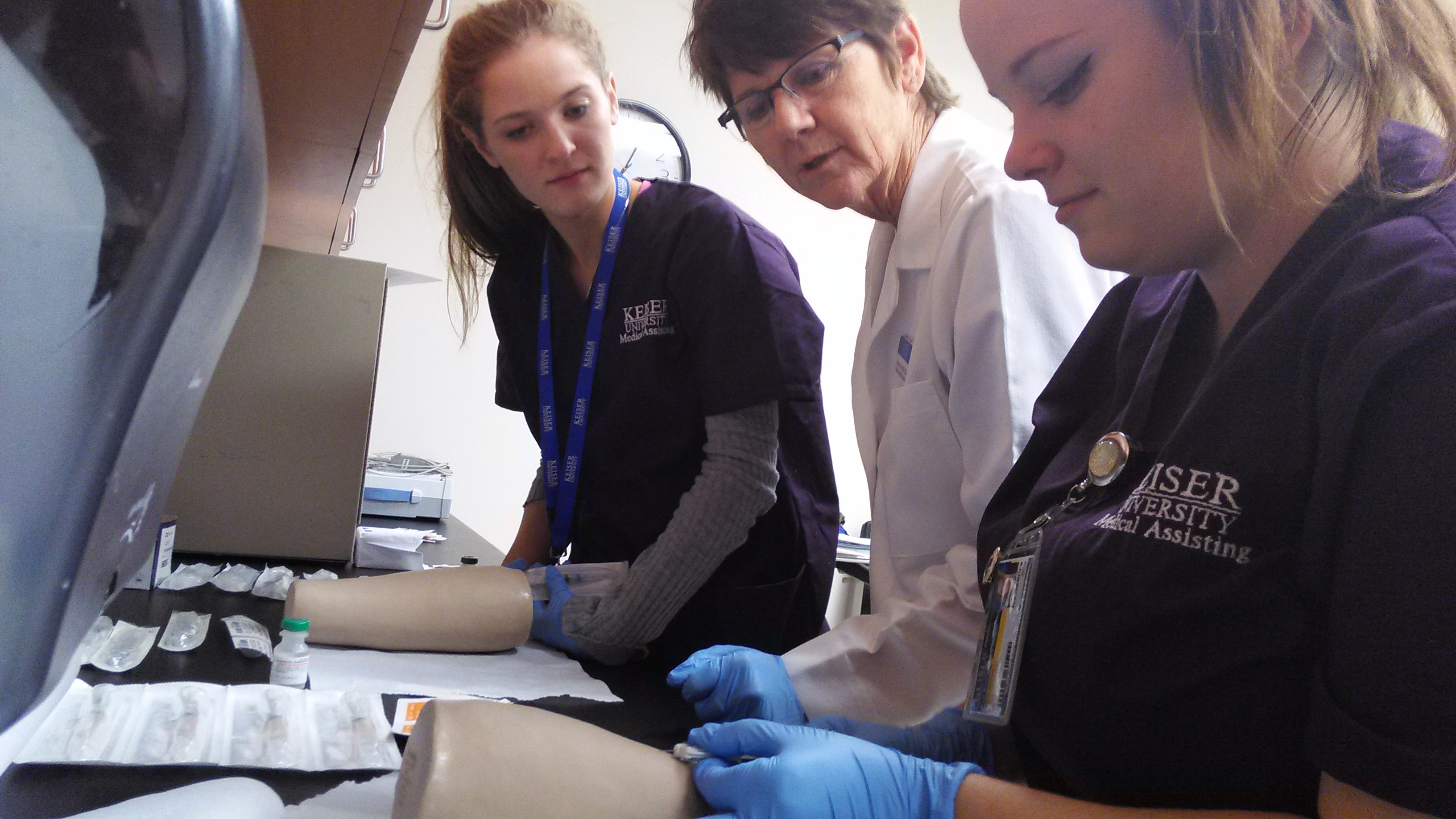 New Port Richey Medical Assisting Students Ready Themselves for Final Exams