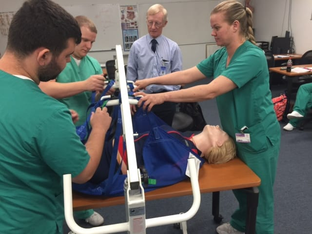 Radiation Therapy Students in Melbourne Use the Hoyer Lift