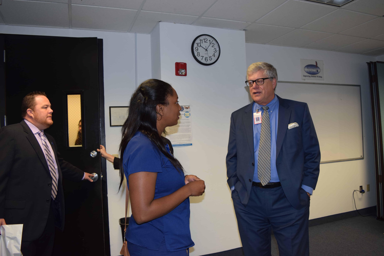 Nursing Alumna Comes Back to Speak at Ft. Lauderdale's Orientation