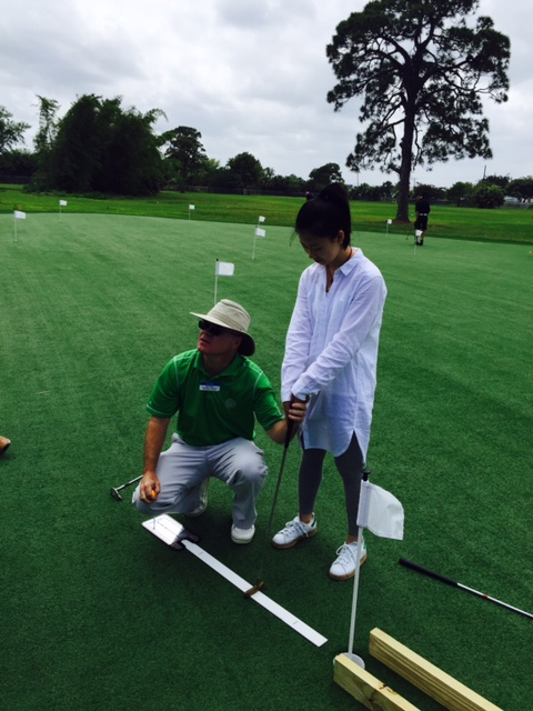 Students from China Learn Golf at the Flagship Campus