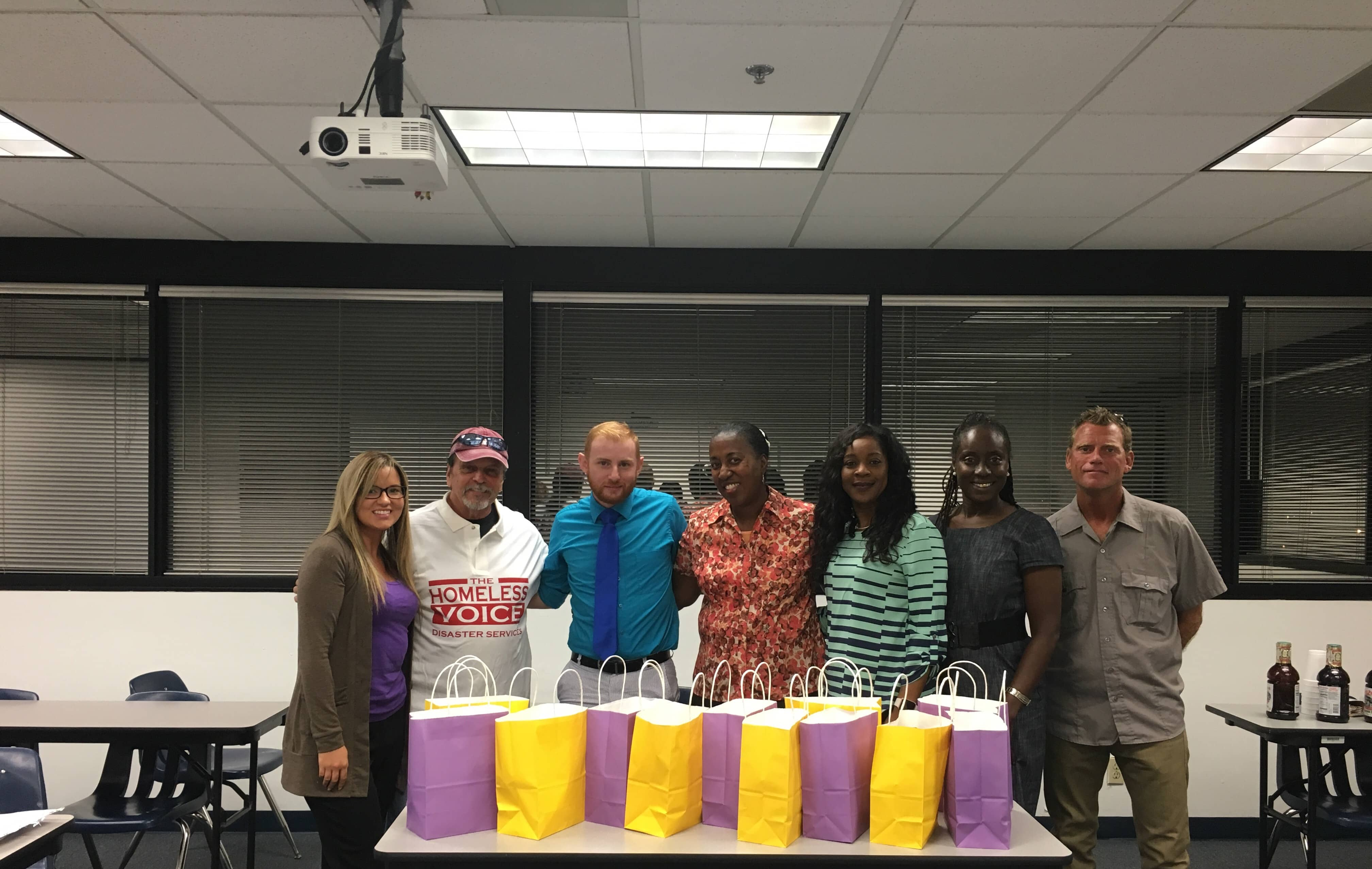 Psychology Students from the Ft. Lauderdale Campus Partner with Homeless Voices
