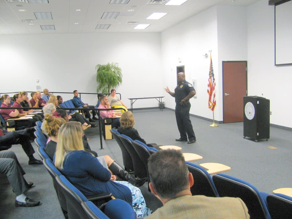 Assistant Police Chief from Ft. Pierce Police Department Visits Port St. Lucie Campus