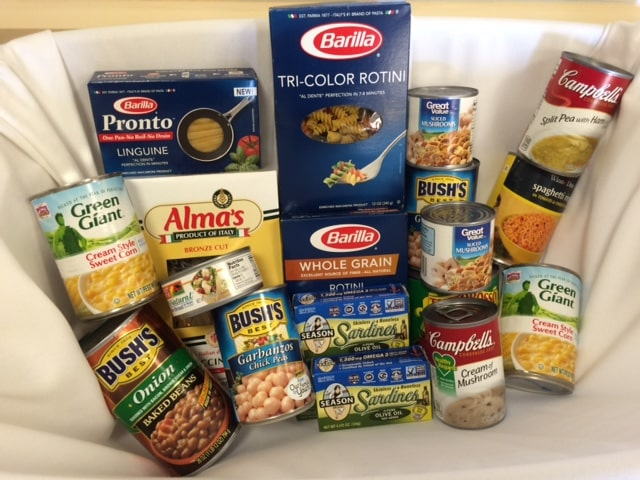 Ft. Myers Collects food for Local Food Bank