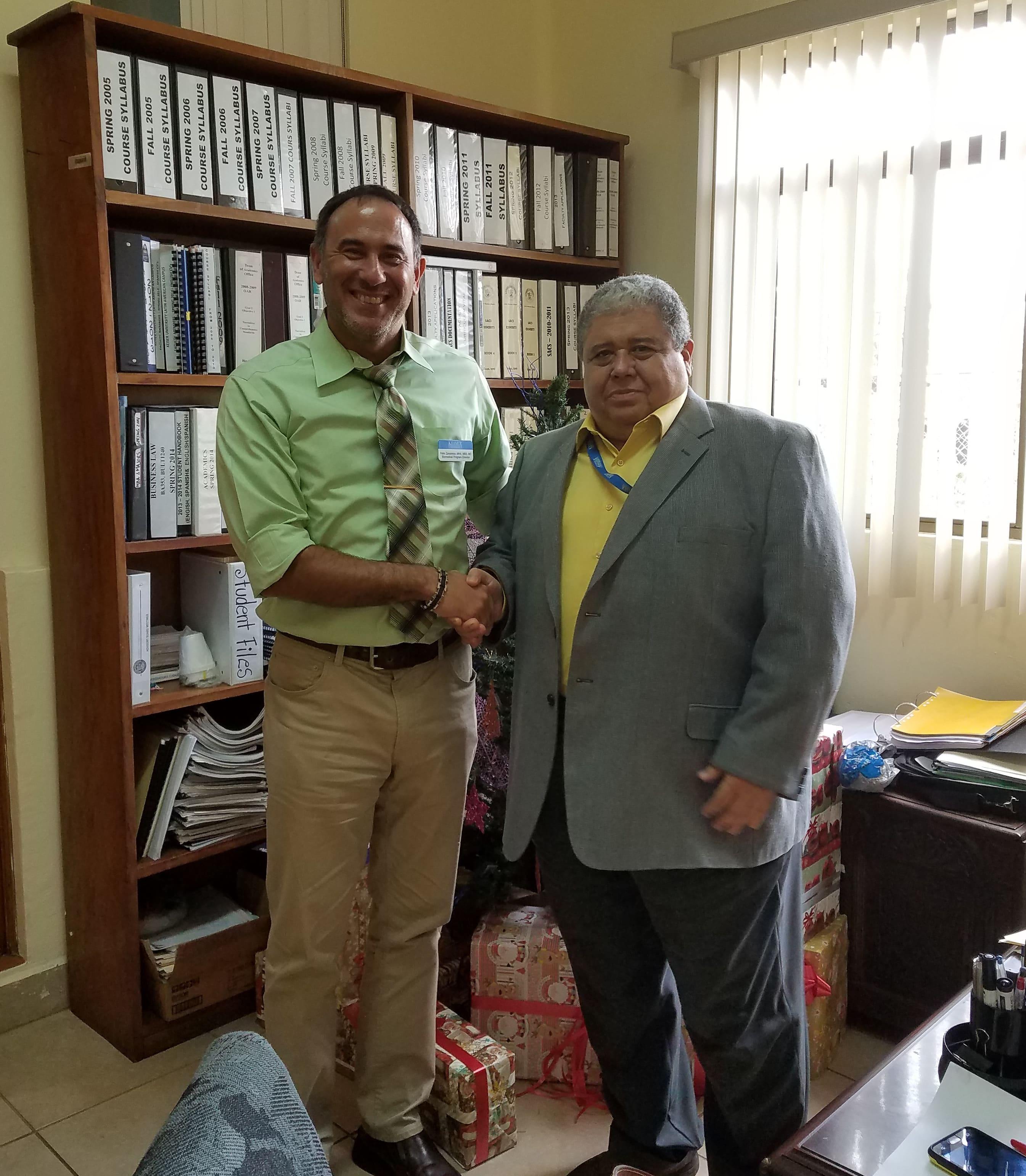 Jacksonville's Biomedical Sciences Program Director Visits Keiser University's Latin America Campus