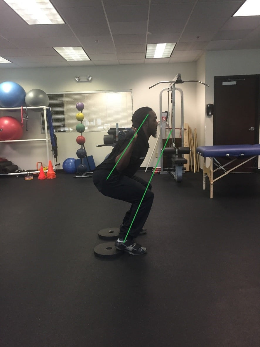 Jacksonville SMFT Student Shows Importance of Form in Squats