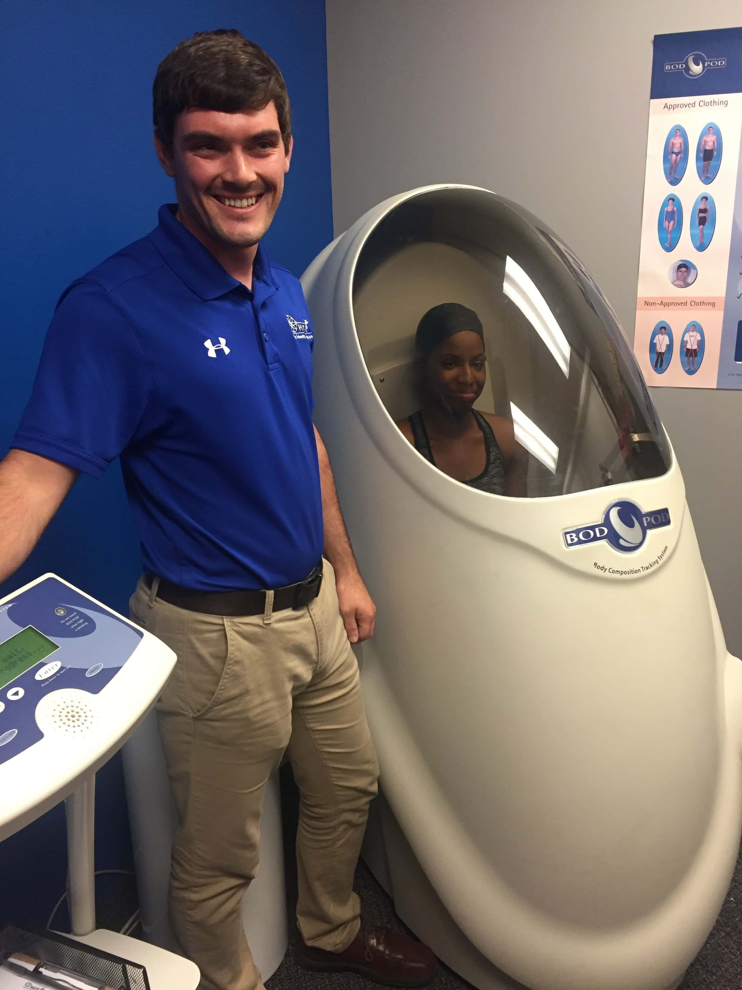 "SMFT Students from Jacksonville Learn about An ""Egg"" That Measures Body Fat Percentage"