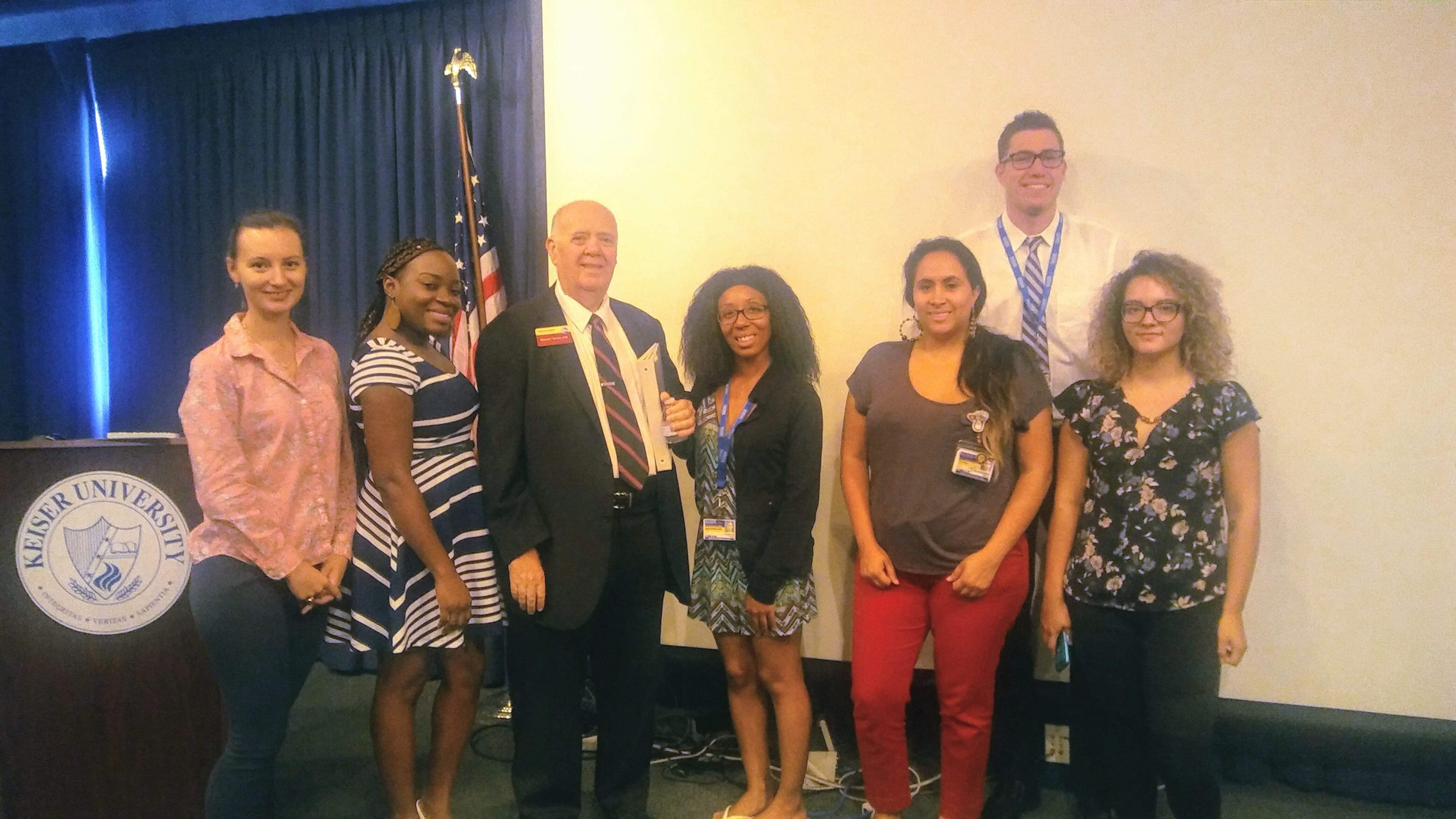 Ft. Lauderdale Students Learn from a Distinguished Toastmaster