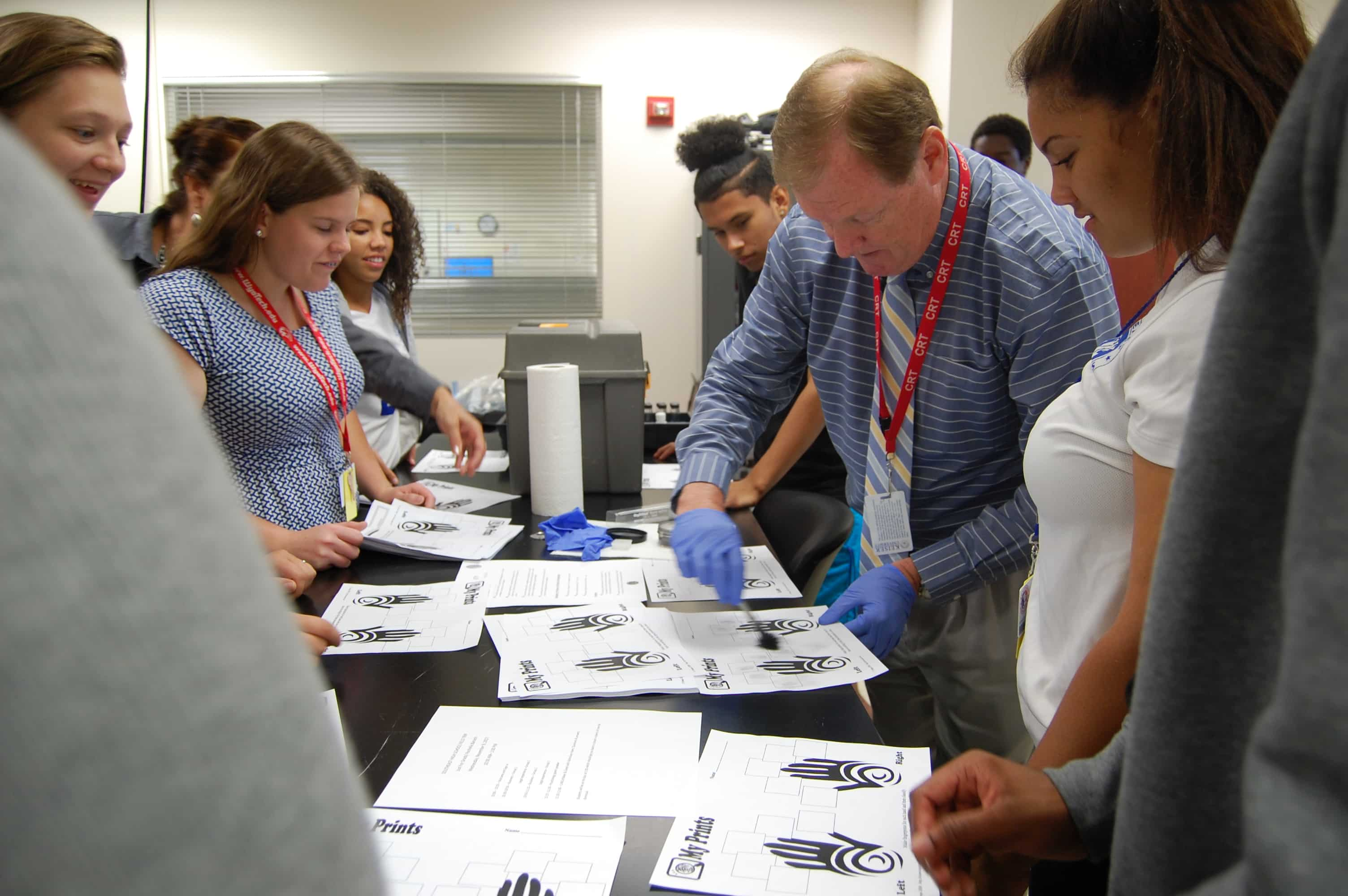 Southeast High School Students Visit the Sarasota Campus