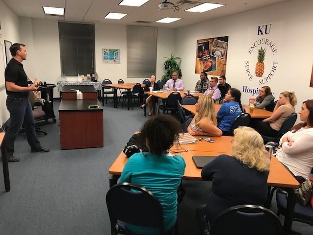 Fort Myers Guest Speaker Shares Success Tips for Non-Traditional College Students
