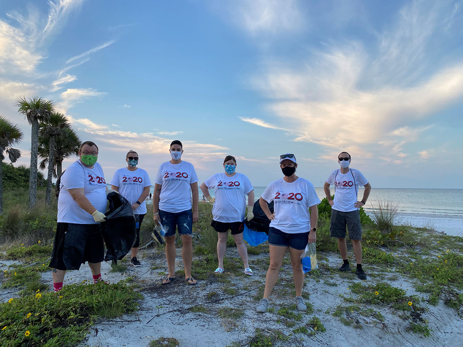 Keiser University Students Roll-Up Their Sleeves as Part of the Great American Clean Up